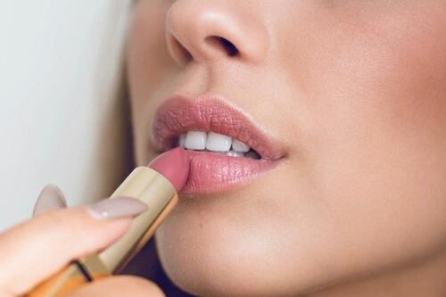chanel-cosmetics-fashion-like-it-Favim_com-3736336