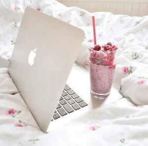 apple-food-laptop-luxury-Favim_com-2348620