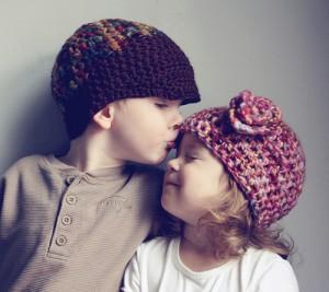 couple-cute-kids-love-sweet-Favim_com-81243
