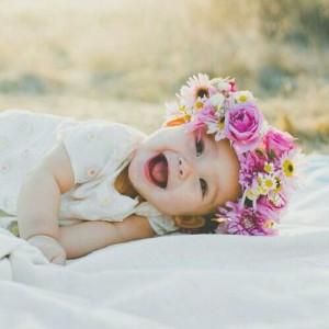girl-flowers-lovely-cute-Favim.com-4175900
